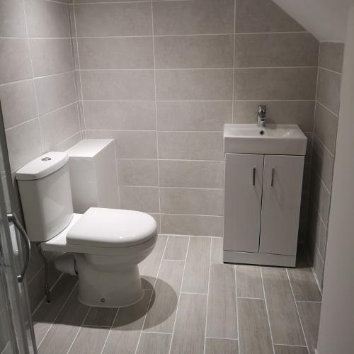 Bathroom installations in Cheshunt